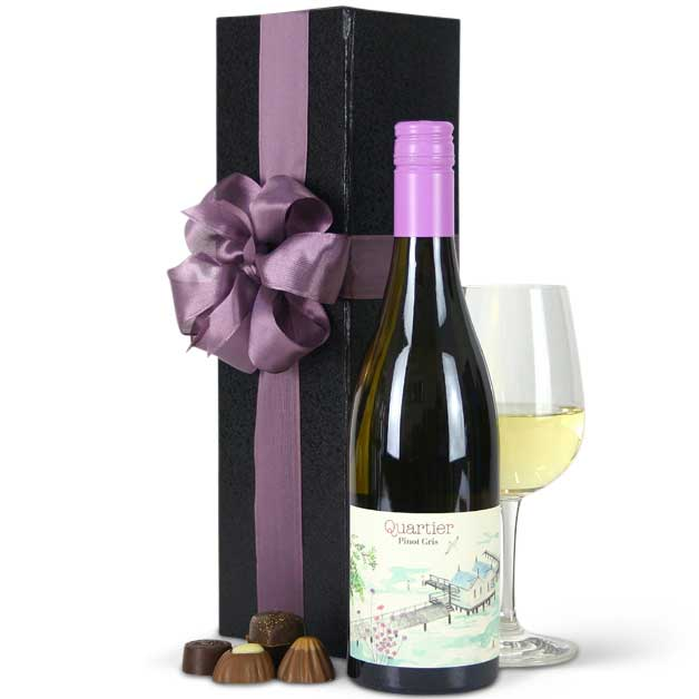 gift-baskets-quartier-pinot-gris-gift-boxed