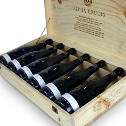 gift-baskets-alpha-crucis-wines-boxed