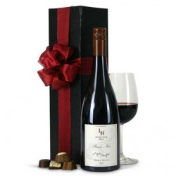 Gift Baskets Levantine Hill Pinot Noir Gift Box