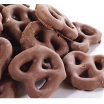 Chocolate Coated Pretzels 80g